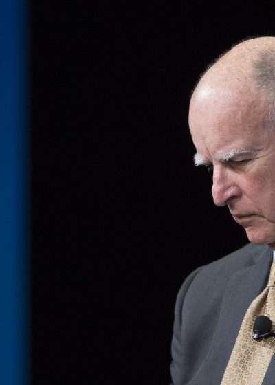 Ο κυβερνήτης της Καλιφόρνια Jerry Brown