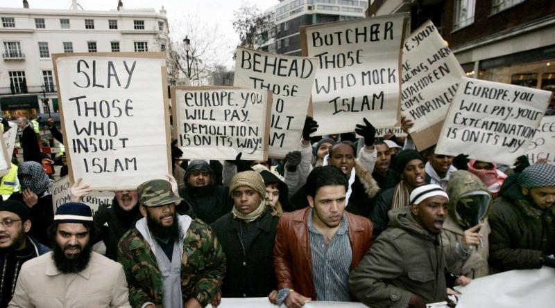Μουσουλμάνοι διαδηλώνουν στο Λονδίνο